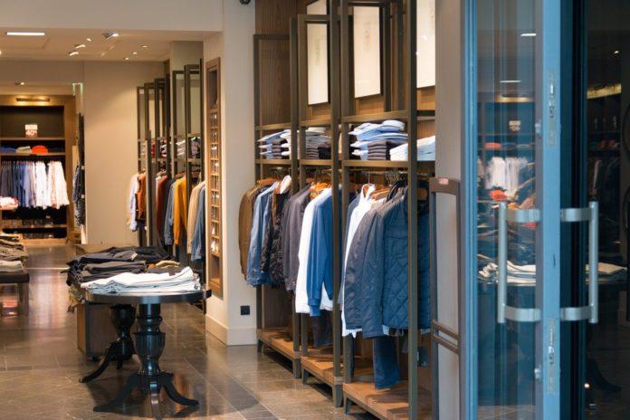 Butik med tøj